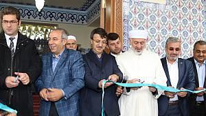 Van da Mahmud Esat Coşan Camii Dualarla İbadete Açıldı