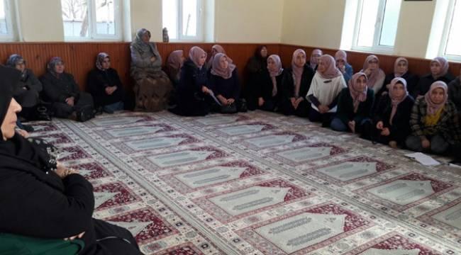 Gelibolu'da Bayanlara Özel Cami Dersleri