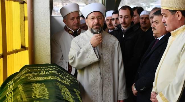 Müftü Sönmezoğlu'nun annesi vefat etti.