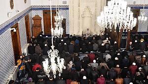 "Mehmetçiğimize 90 bin camide ""Zafer"" duası"