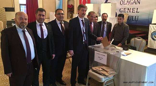 Türk Diyanet Vakıf-Sen'in yeni Genel Başkanı Nuri ÜNAL