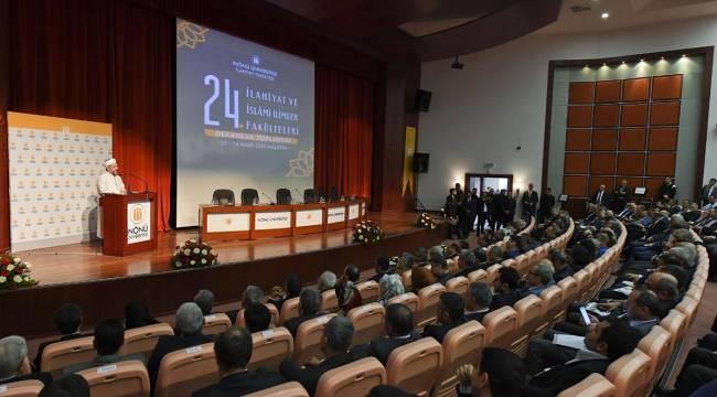 """İslami İlimler Fakülteleri Dekanlar Toplantısı"""" Malatya'da başladı"""