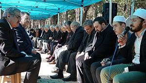 Sandalzade Hafız Osman Hoca Kabri Başında Anıldı