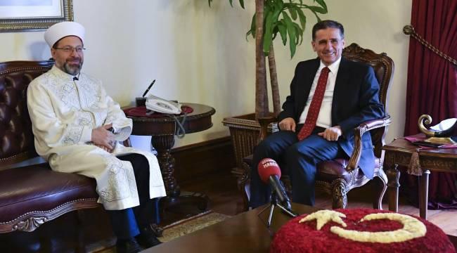 Başkan Erbaş dan Ankara Valisi Ercan Topaca'ya ziyaret