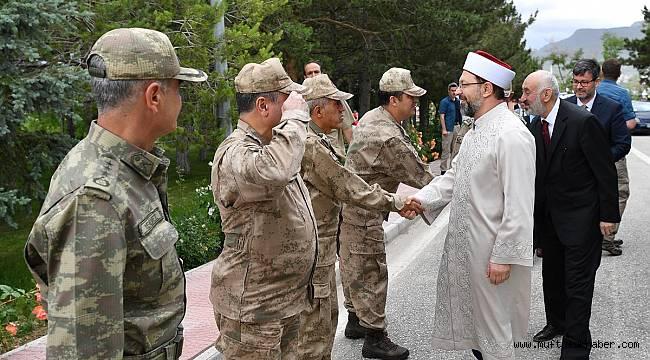 Erbaş,Jandarma Asayiş Kolordu Komutanlığını ziyaret etti