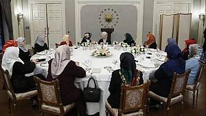 Emine Erdoğan,müftü eşlerini ağırladı