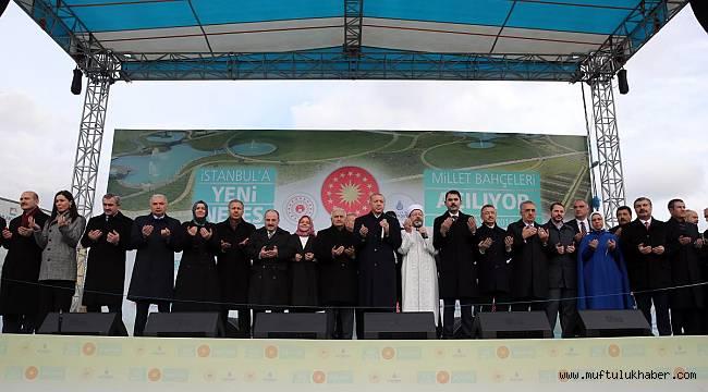 Başakşehir Merkez Camii ve Millet Bahçeleri Dualarla Açıldı