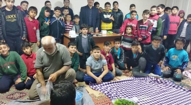 Çukurova Uluyol Camii'nde Gençlerle Sohbet