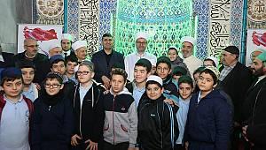 Ramazan Muslu, sabah namazında gençlerle buluştu
