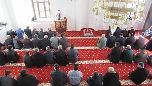 Sandıklı Şaloğlu Camide ilk cuma namazı kılındı