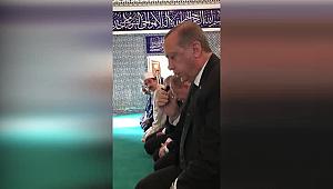 Cumhurbaşkanı Erdoğan İskenderun'da Kuranı Kerim okudu