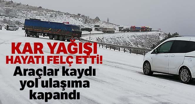Kar yağışı ve buzlanma nedeniyle araçlar kaydı