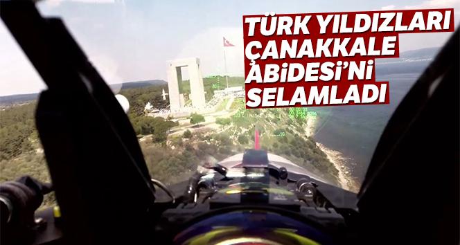 Türk Yıldızları Çanakkale Abidesi'ni selamladı