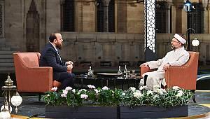 Başkan Erbaş, ilk sahurda Diyanet TV'nin konuğu oldu