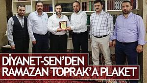 Diyanet-Sen den Ramazan TOPRAK'a Plaket