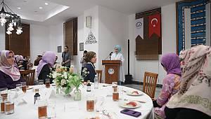 Emine Erdoğan dan Tokyo Camiine Ziyaret