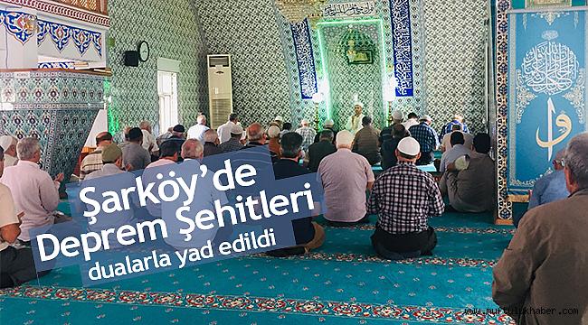 Şarköy'de Deprem Şehitleri dualarla yad edildi