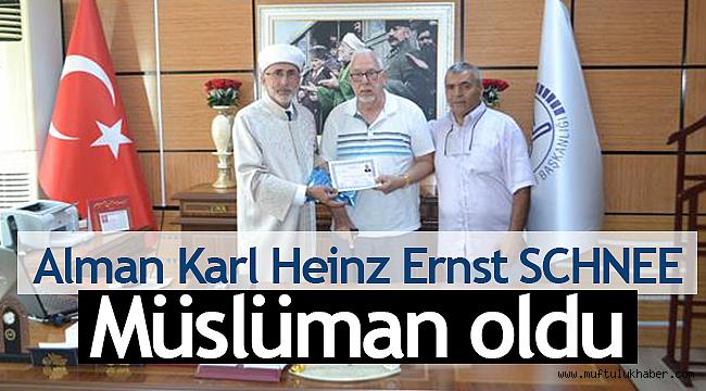 Alman Uyruklu Karl Heinz Ernst SCHNEE Müslüman oldu