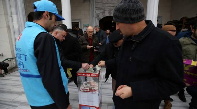 90 bine yakın camide İdlib için yardım toplandı.