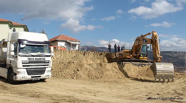 Yatılı Kur'an Kursu inşaatına ilk kazma vuruldu