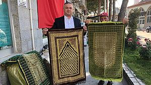 Geyikli Belediyesi ilk namazda seccade hediye etti