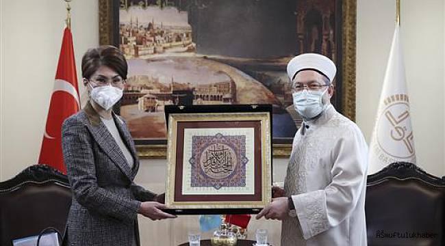Erbaş, Kazakistan Bakanı Balayeva'yı kabul etti