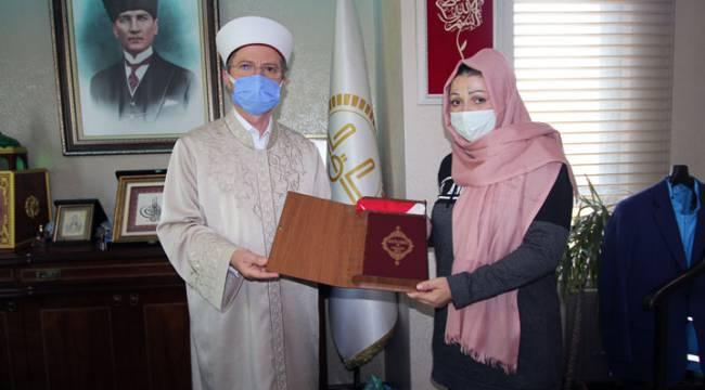 Moldova uyruklu Lüdmila Kambu Müslüman Oldu